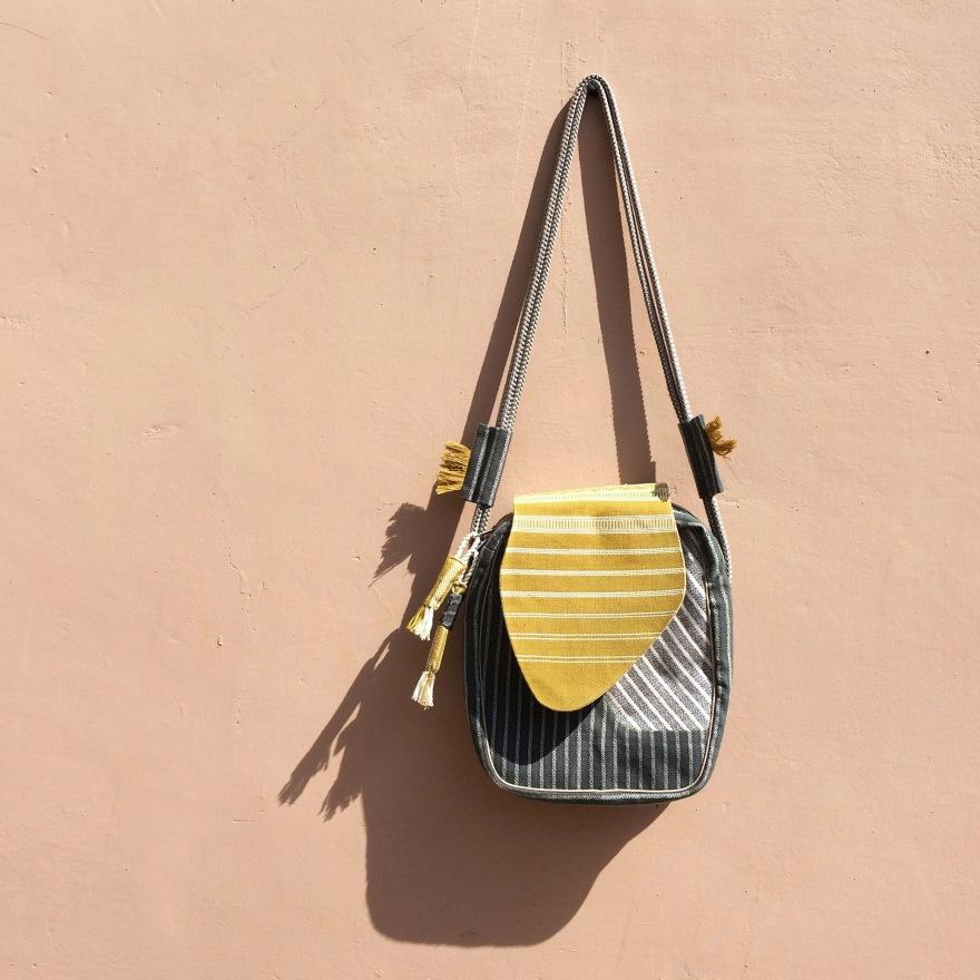 Daras_Sling Bag